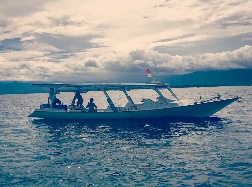 Indahnya Ombak Di Pantai Gerupuk Lombok Tengah