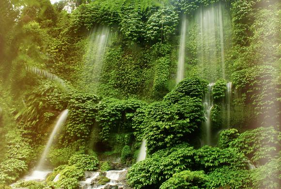 Air Terjun Benang Kelambu Lombok Tengah Penuh Sejarah